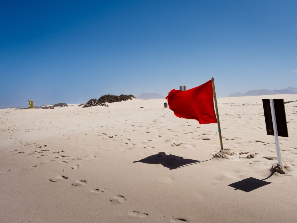 Top 5 Red Flags Of Online Dating